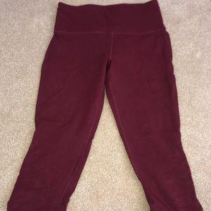 Burgundy cropped leggings